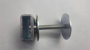 Låsbom insticksbom visar ledhylsan i närbild 1