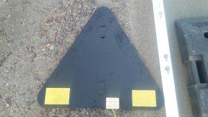Vägmärke visar baksida variofäste