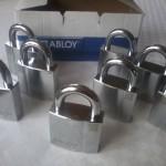 Vi tillverkar lås efter nr och lås med lika låsning kundanpassat hos oss