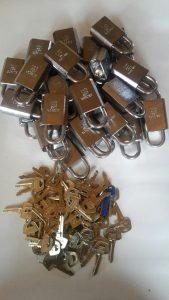 Anchor hänglås många lika låsning Assa abloy cylindrar